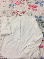 Used Theory white shirt size M in Dubai, UAE
