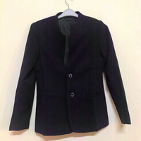 Used Formal jacket 🧥 for women size medium  in Dubai, UAE
