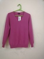 Used Atelier Prive V neck cashmere sweater. in Dubai, UAE