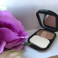 Used Makeup compact foundations 003 natural  in Dubai, UAE