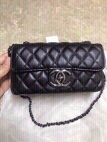 Used Chanel small bag 👝 first class copy  in Dubai, UAE