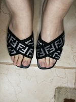New slipper flip flop, black color Fendi