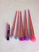 Used Authentic Tarte  Brush Set 5 Pcs+ Gift in Dubai, UAE