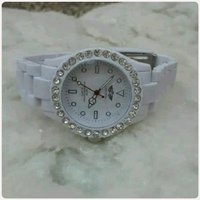 Used For her London watch... in Dubai, UAE