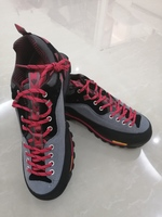 Used New sneackers size 43-44 in Dubai, UAE