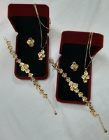 Used 2 sets of gold jewellery flowers (3pcs) in Dubai, UAE