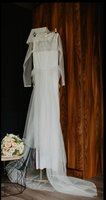 Used Wedding dress with tulle in Dubai, UAE