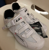 Used Garneau Size 42 Cycling shoes, clips and peddles  in Dubai, UAE
