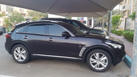Used Infiniti QX70 - 2016 - URGENT SELL!  in Dubai, UAE