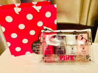 Used Victoria secret pink set in Dubai, UAE