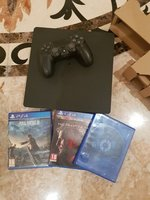 Used Playstation 4 almost brand new in Dubai, UAE