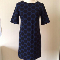 Used Gap Polka Dot Shift Dress. Size US2. in Dubai, UAE