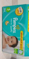 Used Pampers 5 Mega Box 104 piece in Dubai, UAE