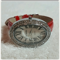 Used Red CHANNEL watch for her in Dubai, UAE
