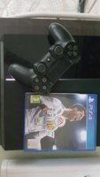 Used PS4 + Free controller and fifa 18 in Dubai, UAE