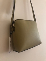 Used Green Shoulder Bag in Dubai, UAE