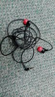 Used Blackberry in-ear earphones in Dubai, UAE