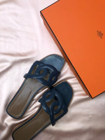 Used Hermes slippers size 40 - only worn once in Dubai, UAE