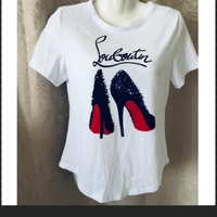Used fashion T-shirt S in Dubai, UAE
