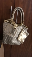 Used Handbag in very good condition dint use in Dubai, UAE