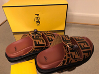 Used Fendi slippers new in Dubai, UAE