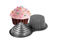 Used Gient cupcake mould  in Dubai, UAE