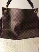 LV Bag preloved. Master copy.