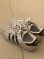 Used Original Adidas Superstars-US 6 FR 39.5 in Dubai, UAE