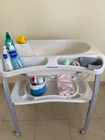 Used Mothercare baby tub stand in Dubai, UAE