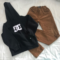 Used Set hoodie & pants for boys  in Dubai, UAE