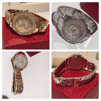 Used Bee sisters 2 pcs watches gold/silver in Dubai, UAE