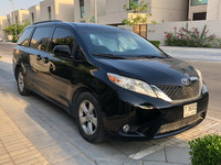 Used Toyota Sienna For Sale in Dubai, UAE