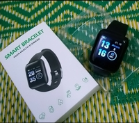 Used Smart bracelet n.e.w.. in Dubai, UAE