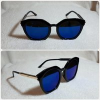Sungglass for her black color and new..