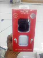 Used Macom apple airpod original UK brand wit in Dubai, UAE