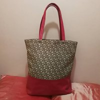 Used DKNY BIG SIZE TOTE BAG.. in Dubai, UAE
