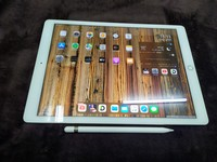 Used Apple iPad pro 12.9 inch in Dubai, UAE