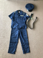 Used Policeman costume unisex size 6-7 years  in Dubai, UAE