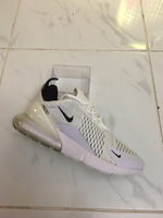 Used Nike AirMax 270, white, size 42, new in Dubai, UAE