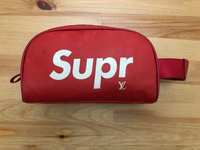 Used ;Supreme pouch in Dubai, UAE