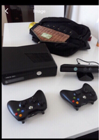 Used XBOX 360 S WITH KINECT . in Dubai, UAE