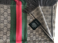 Used Original Gucci scarf  in Dubai, UAE