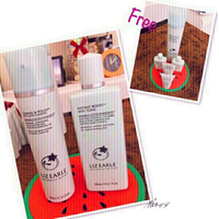 Used LIZ EARLE Set w/ FREE traveling size❤️ in Dubai, UAE