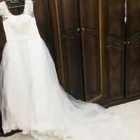 Used Beautiful Wedding Dress size XL in Dubai, UAE