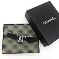 Used Authentic Chanel Hair Clip in Dubai, UAE