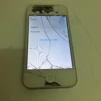 Iphone 4s screen broken / I cloud