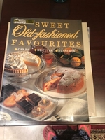 Used Cookbook in perfect condition  in Dubai, UAE