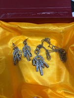 Used 2 jwellery set brand new in Dubai, UAE