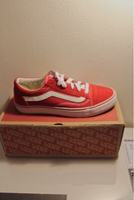 Used red vans  in Dubai, UAE