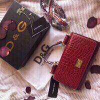 Used Dolce&Gabbana first class handbag 👜  in Dubai, UAE